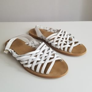 Strappy White Leather Flat Sandals